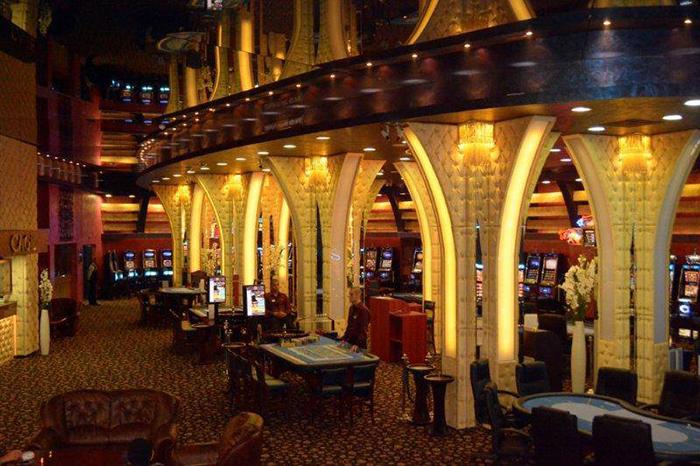 Как берут рейки в казино